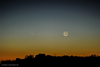Comet Panstarrs and the young moon